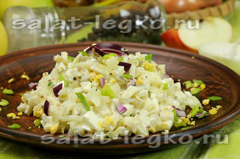 Не дорогой салат в домашних